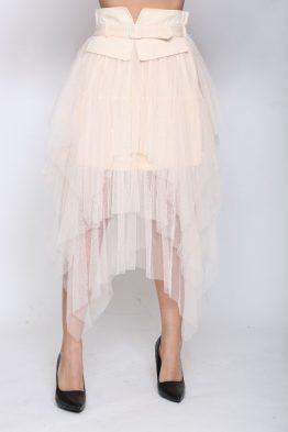 Φούστα Tutu Σε Ροζχρώμα,σε ανάλαφρη γΦούστα Tutu Σε Ροζχρώμα,σε ανάλαφρη γραμμή .ραμμή .