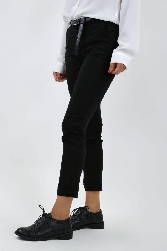 Παντελόνι Γκρο Σε Μπλε Σκούρο χρώμα,με ζώνη στην μέση.