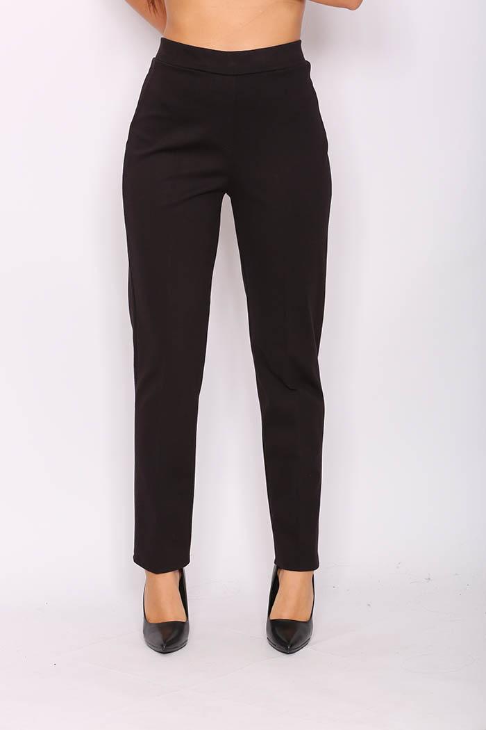 Παντελονοκολάν Plus Size Σε Μαύρο χρώμα, ψηλόμεσο σε ελαστικό κρουστό ύφασμα.